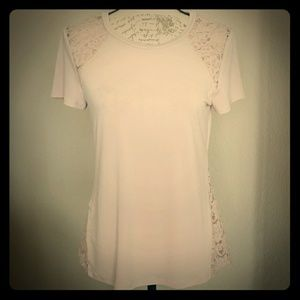 Express pale pink short sleeve top with lace